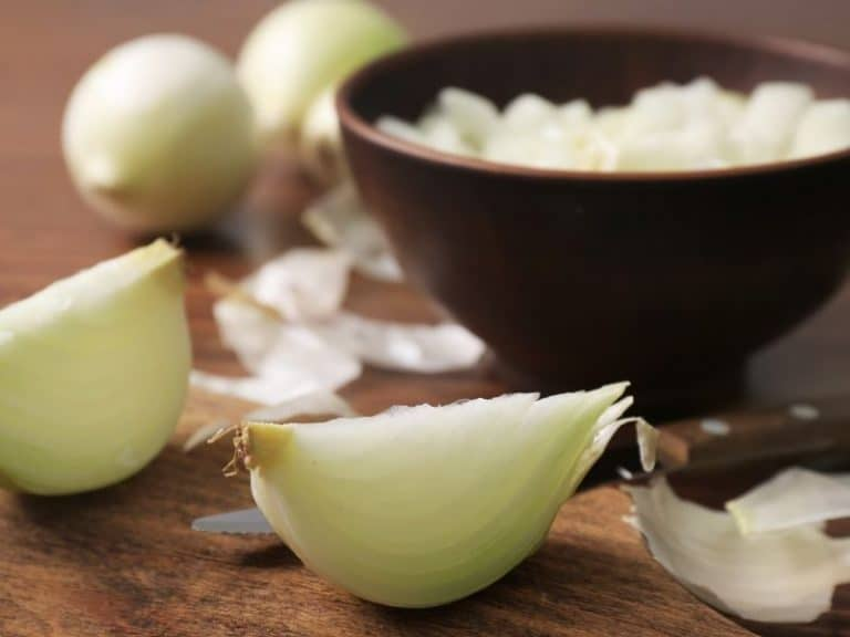 Truth Or Urban Legend? Onions Or Bay Leaves Kill Rats